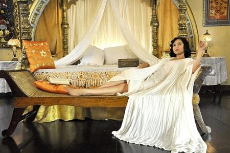 bedroom goddess