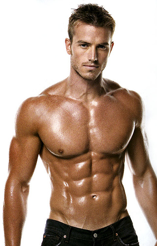 Do you think it's feminine when a guy works out a lot to get a hot body?