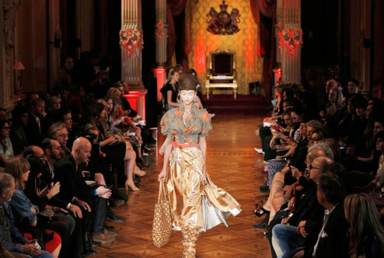 paris-fashion-week-vivienne-westwood-1