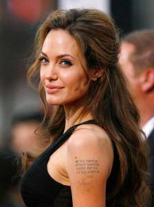 angelina-jolie-tattoos_2