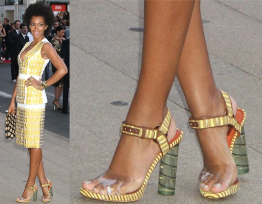 Big-shoe-trend-Lucite-Heel-shoes-solange