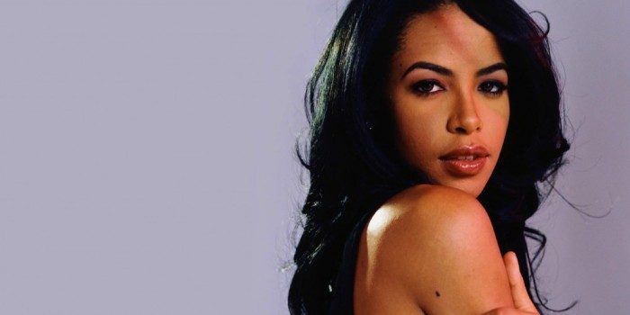 aaliyah-side-pose