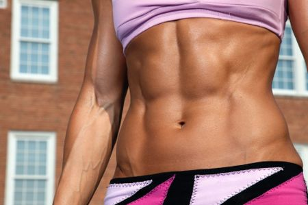 Female-Six-Pack-Abs-4
