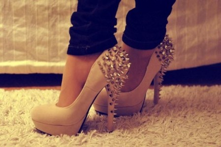 Studded-pumps