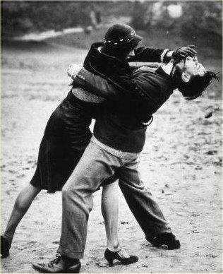 woman-fights-man