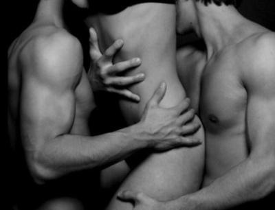 threesome (1)