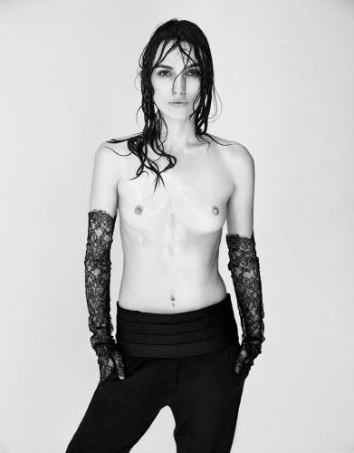 keira-knightly-topless-01